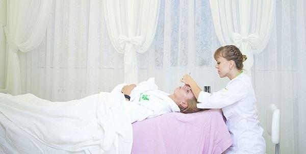 На фото – уход лица с ручным массажем в Face&Body